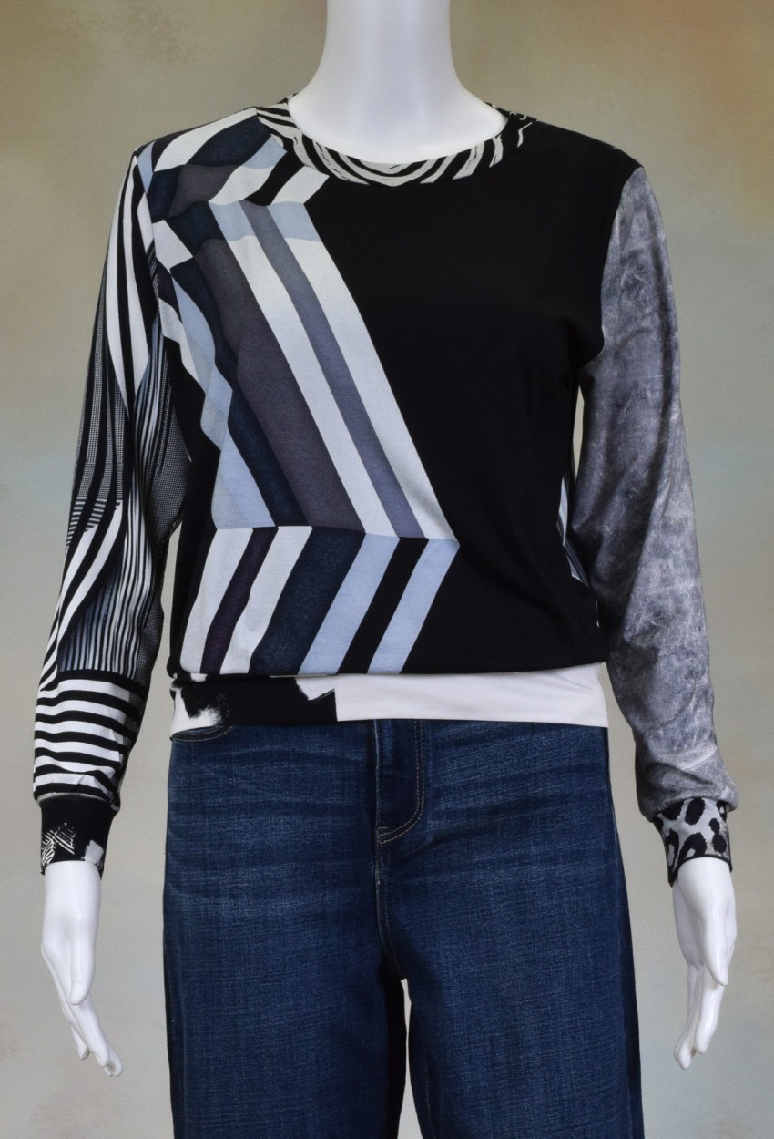 One of a Kind Fun Banded Jersey Pullover XSmall 004