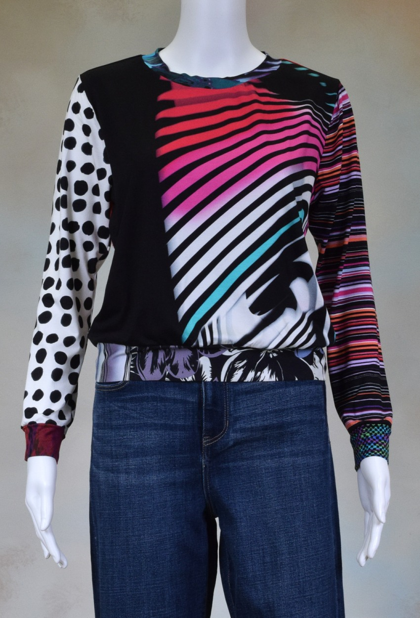 One of a Kind Fun Banded Jersey Pullover XSmall 006