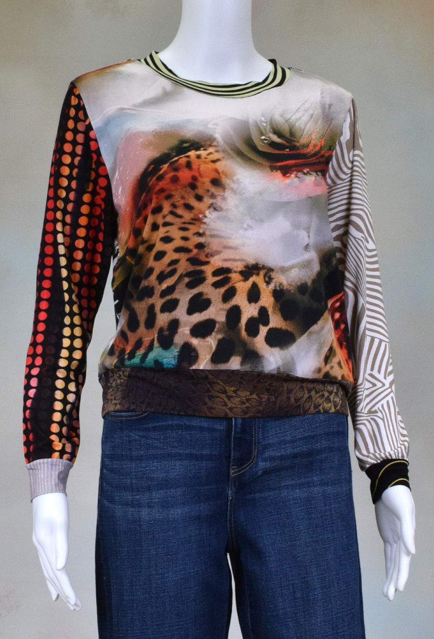 One of a Kind Fun Banded Jersey Pullover XSmall 007