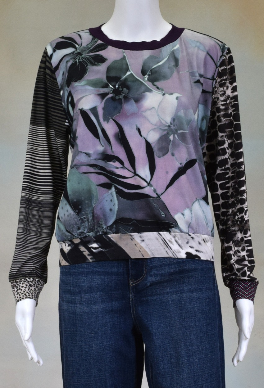 One of a kind Fun Banded Jersey Pullover Medium 402