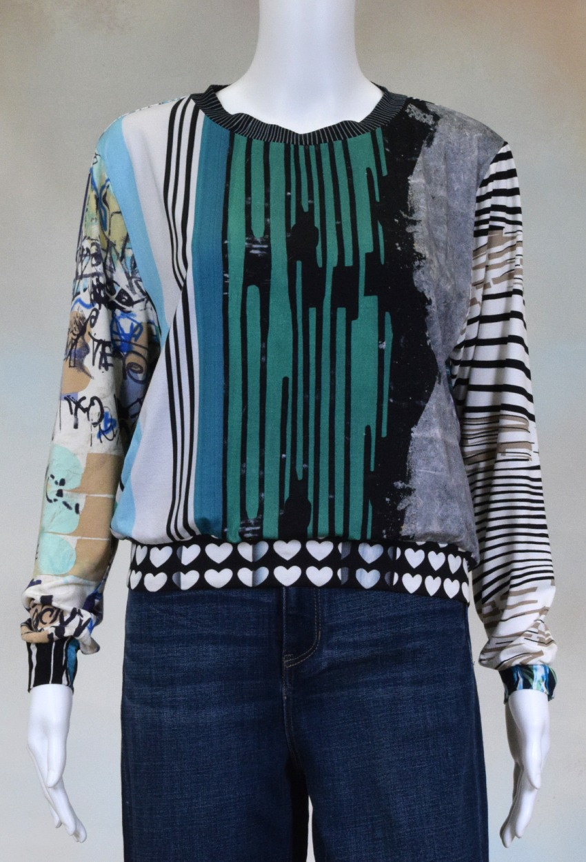One of a Kind Fun Banded Jersey Pullover Medium 407